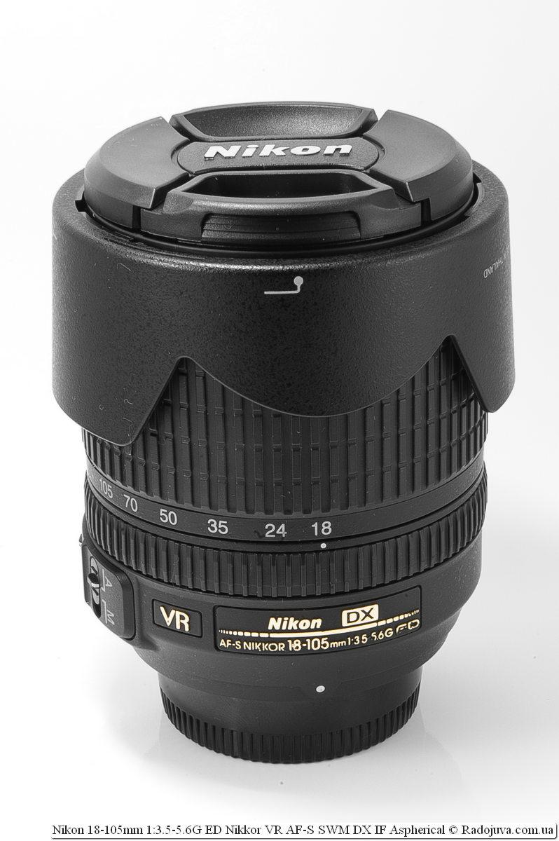 Nikon Nikkor dx 18-105mm с блендой в режиме транспортировки