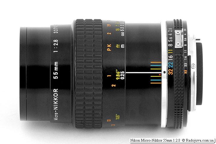 Nikon Micro-Nikkor 55mm 1:2.8 при фокусировке на МДФ