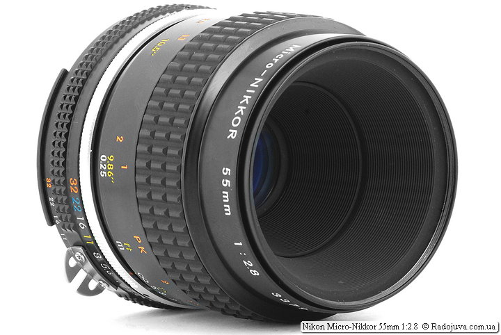 Глубоко посаженная линза Nikon Micro-Nikkor 55mm 1:2.8 (AI-S)