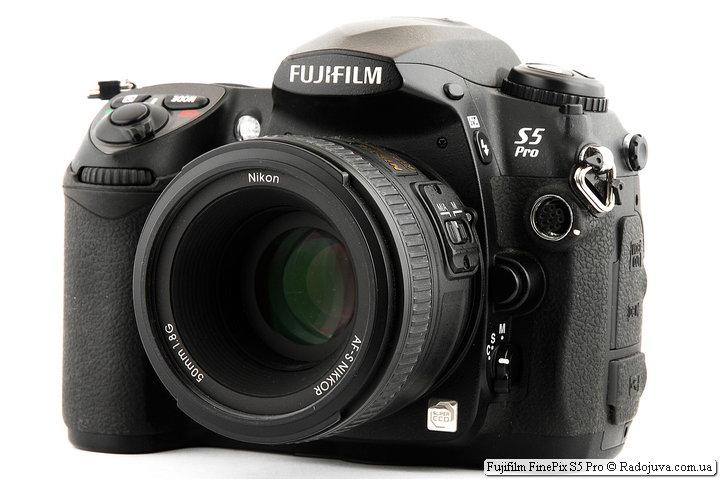 Fujifilm FinePix S5 Pro с объективом Nikon AF-S Nikkor 50mm 1:1.8G SWM Aspherical