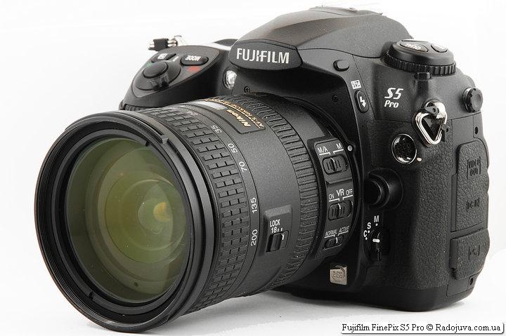 S5 Pro with Nikon DX AF-S Nikkor 18-200mm 1: 3.5-5.6GII ED SWM VR IF Aspherical