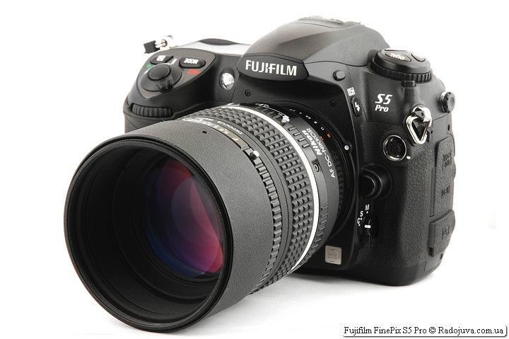Fujifilm FinePix S5 Pro с объективом Nikon AF DC-Nikkor 105mm 1:2 D Defocus Image Control