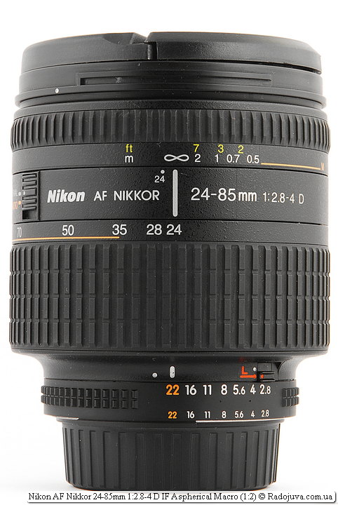 Nikon AF Nikkor 24-85mm 1: 2.8-4 D IF Aspherical Macro (1: 2) with covers