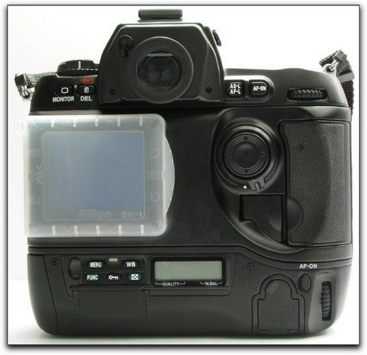 Nikon D1x - вид сзади