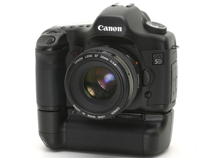 Canon 5D с бустером