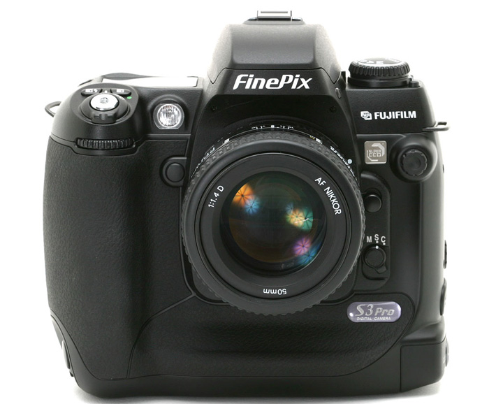 Fujifilm FinePix S3 Pro с объективом Nikon AF Nikkor 50mm 1:1.4D
