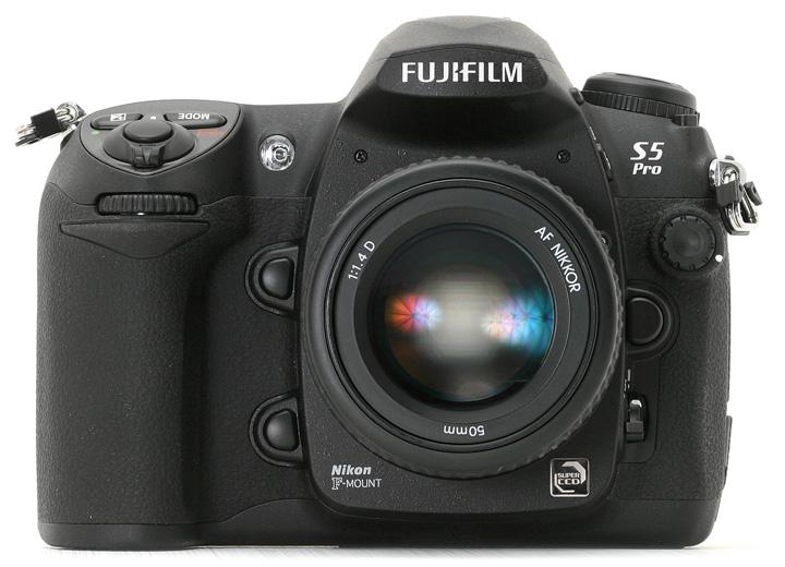 Fujifilm FinePix S5 Pro с объективом Nikon AF Nikkor 50mm 1:1.4D