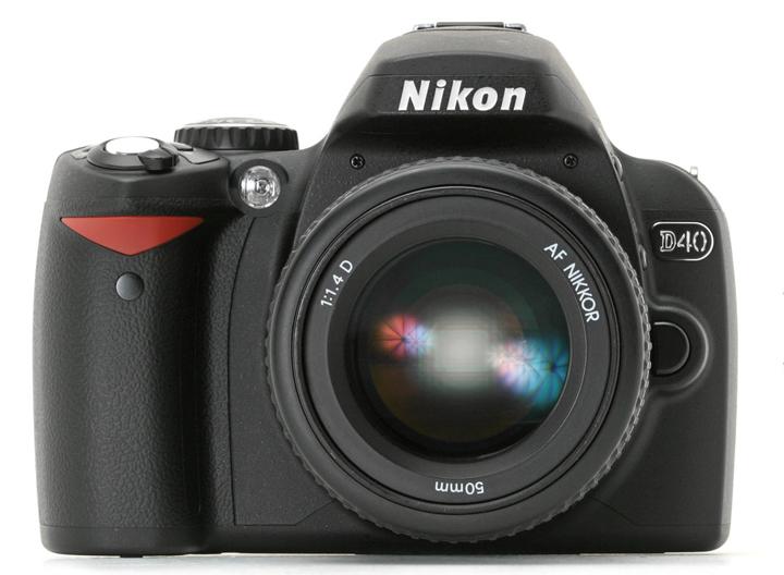 Nikon D40 с объектиовм Nikon AF Nikkor 50mm 1:1.4D