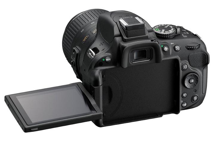 Swivel display on Nikon D5200