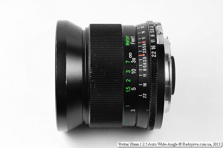 Вид сбоку Vivitar 28mm F/2.5 с диаметром 62мм