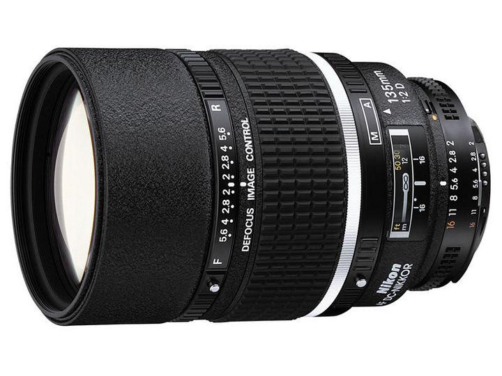 Nikon 135mm 1:2D AF DC-Nikkor
