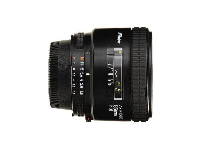 Nikon 85mm 1:1.8 AF Nikkor