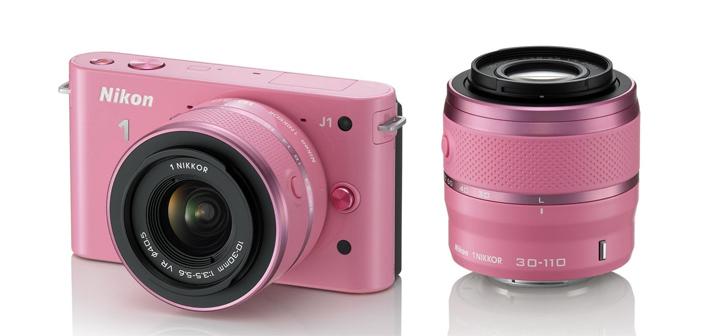 камера Nikon J1 в розовом исполнении, сами знаете, для кого