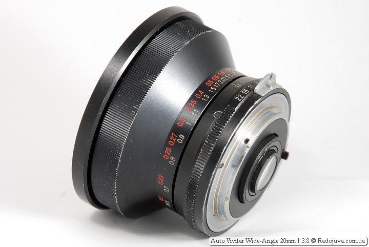 Вид сбоку объектива Auto Vivitar Wide-Angle 20mm 1:3.8