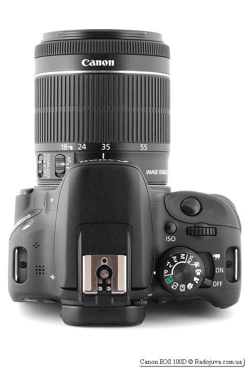 Canon 100D со штатным объективом Canon 18-55/3.5-5.6 STM