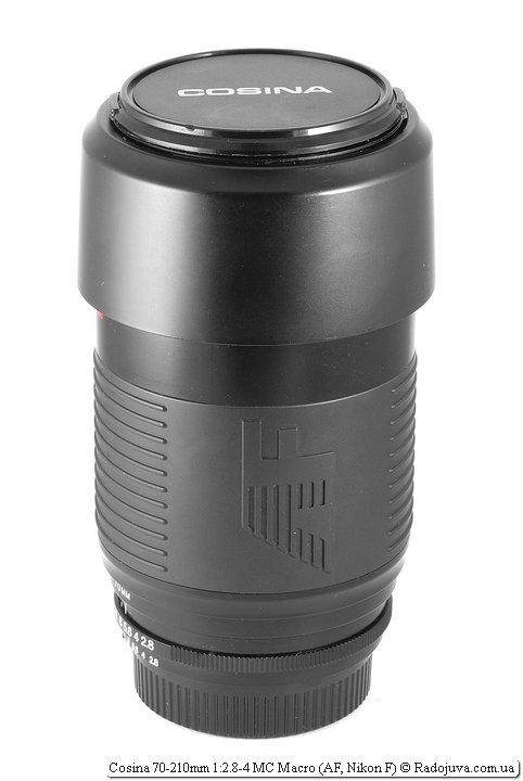 Cosina 70-210mm 1:2.8-4 MC Macro с блендой в режиме транспортировки