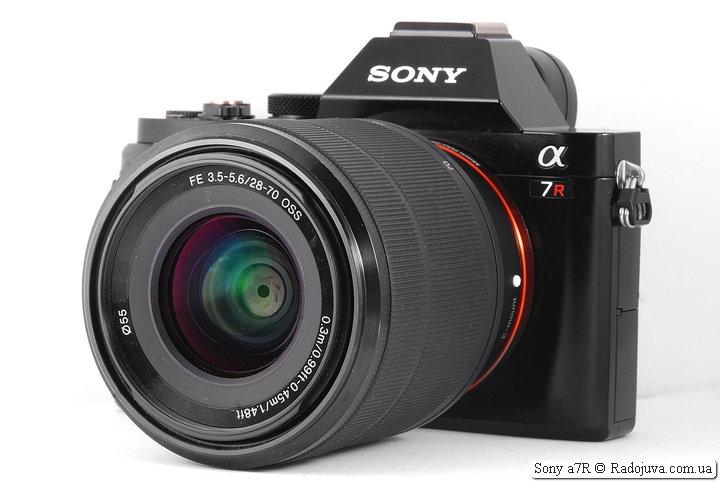 Sony a7R с объективом Sony FE