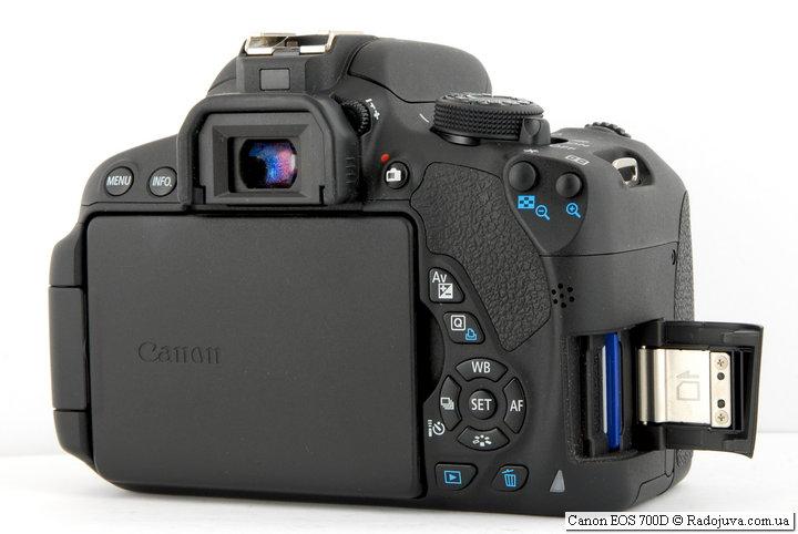 Вид сзади Canon EOS 700D