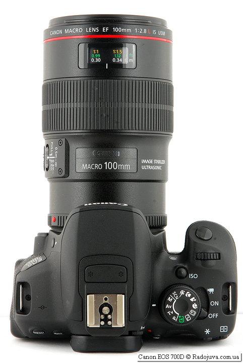 Вид сверху Вид сзади Canon EOS 700D с объективом Canon Macro Lens EF 100mm 1:2.8 L IS USM
