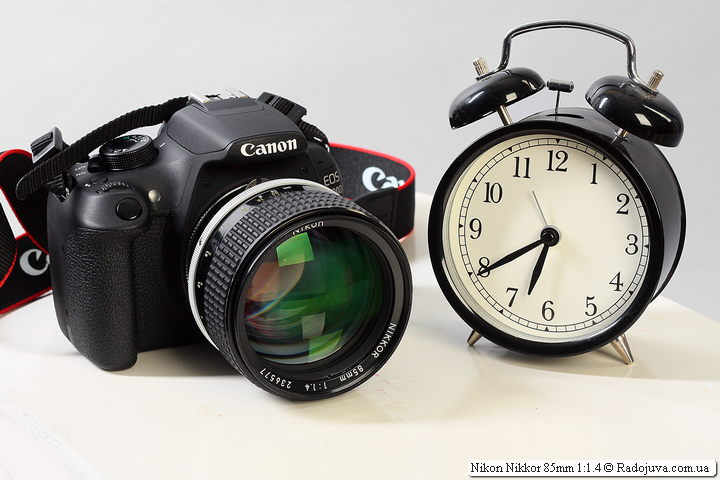 Nikon Nikkor 85mm 1:1.4 на камере Canon EOS 1200D, установленного с помощью переходника Nikon-Canon
