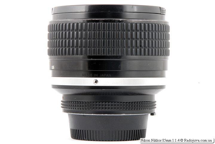 Nikon Nikkor 85mm 1:1.4 и надпись Made in Japan