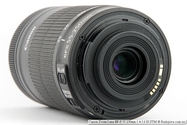 Canon Zoom Lens EF-S 55-250mm 1:4-5.6 IS STM. Надпись со стороны байонета 'Canon INC. Made In Malaysia'