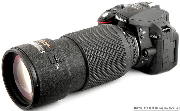 Nikon D5300 с объективом Nikon ED AF Nikkor 80-200mm 1:2.8D (MKII)