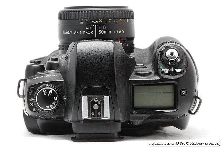 Fujifilm FinePix S3 Pro с объективом Nikon 50mm 1:1.8D AF Nikkor (MKIII)