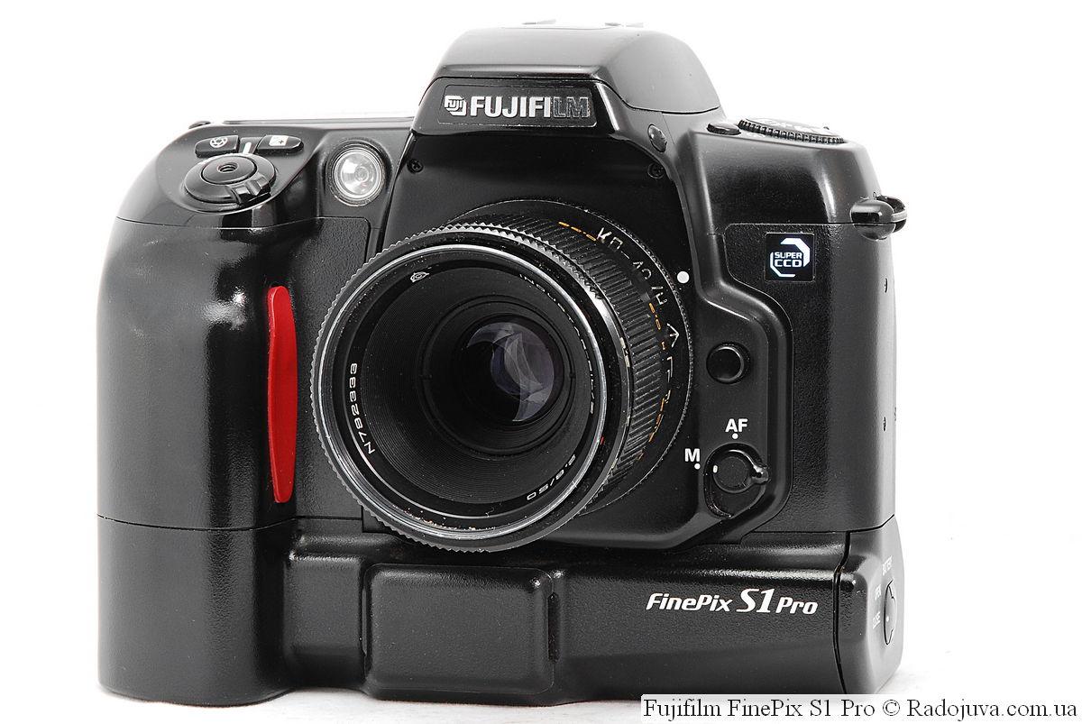 Fujifilm FinePix S1 Pro с объективом INDUSTAR-61L/Z 2,8/50