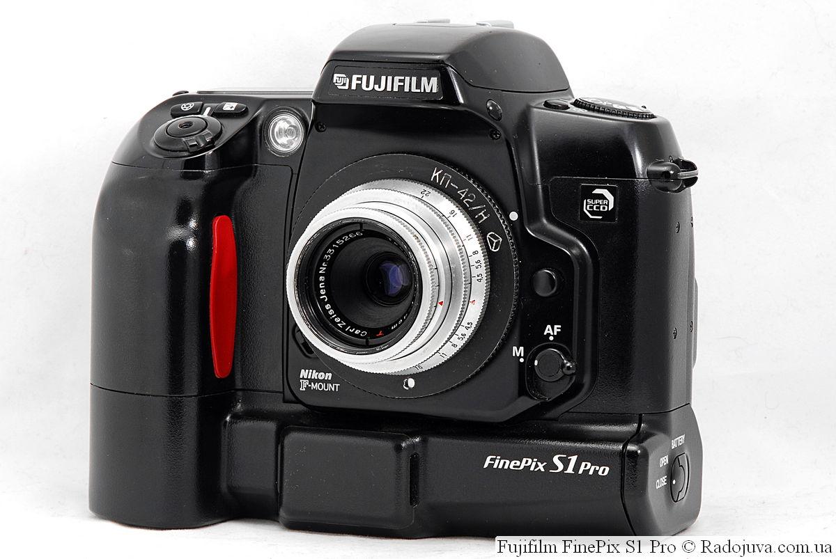 Fujifilm FinePix S1 Pro с объективом Carl Zeiss Jena Tessar 1:4,5 f=4cm T