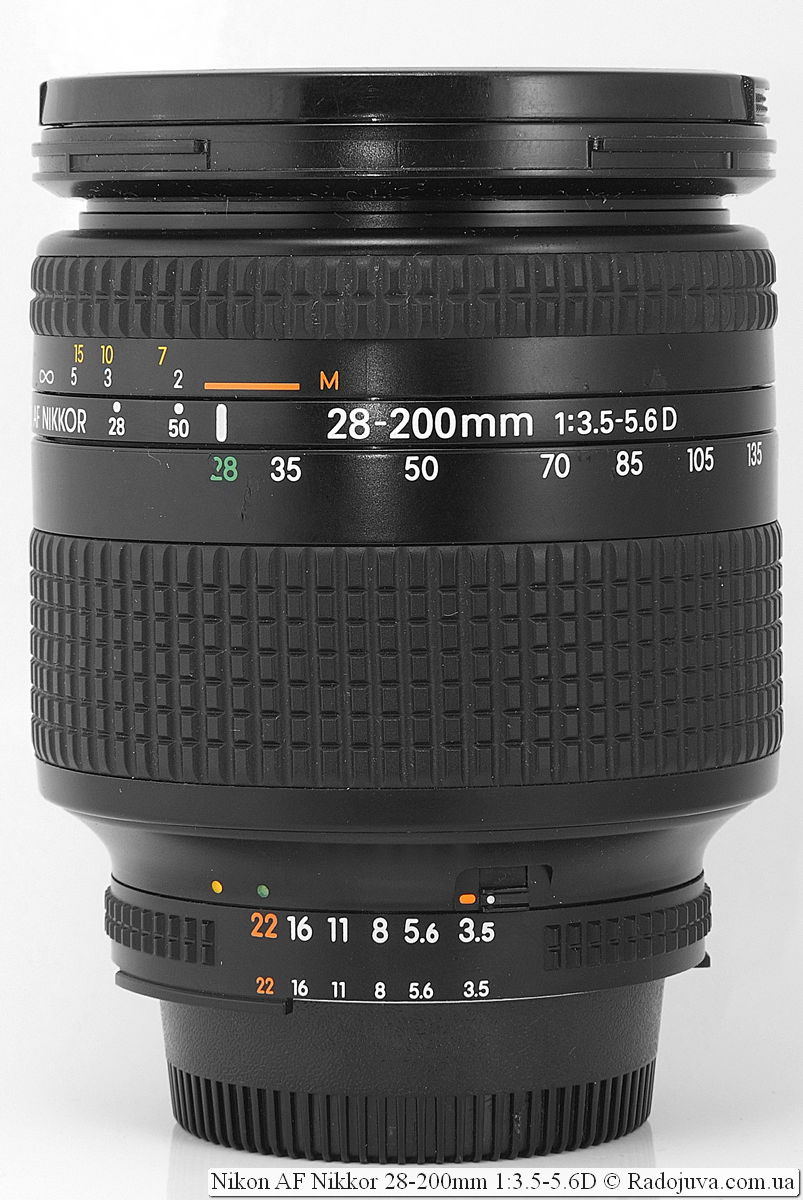 Nikon AF Nikkor 28-200mm 1:3.5-5.6D