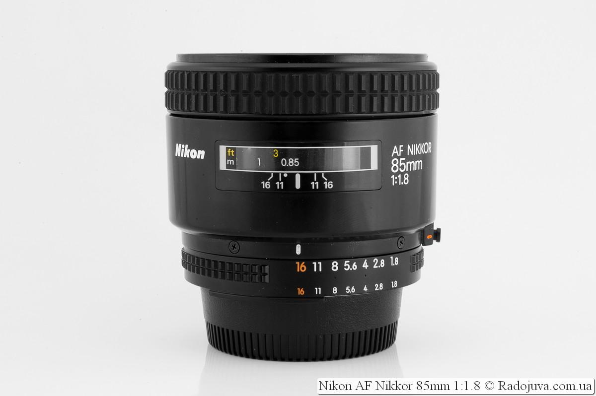 Nikon AF Nikkor 85mm f/1.8