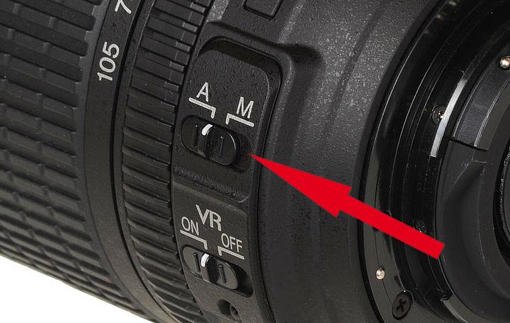 Переключатель 'A-M' на объективе Nikon 18-105mm 1:3.5-5.6G ED Nikkor VR AF-S SWM DX IF Aspherical
