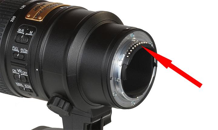 Контакты CPU на объективе Nikon