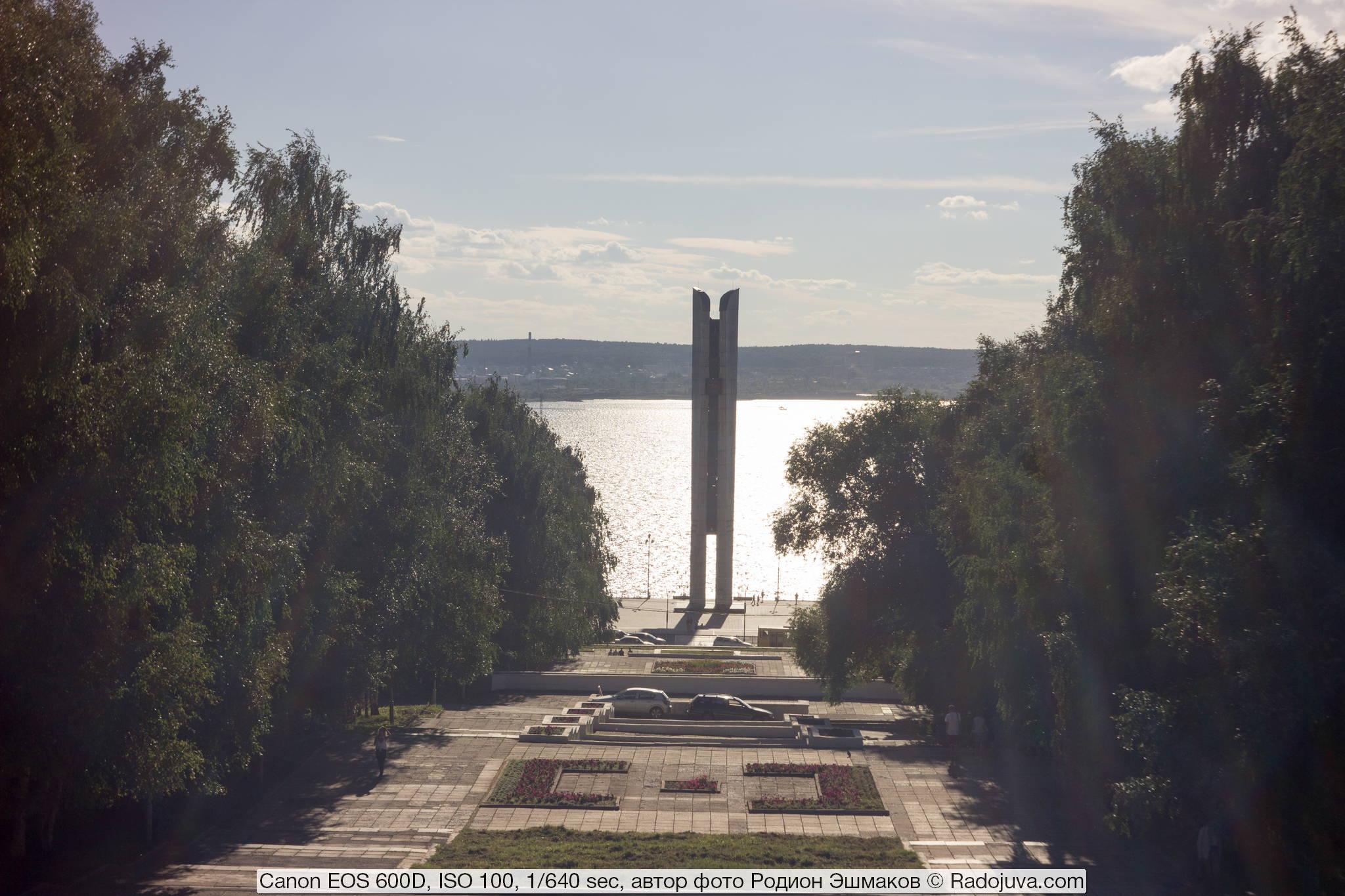 Вуаль в контровом свете (отражение от воды) на F/11