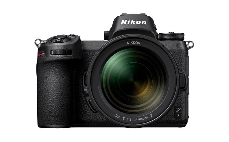 Nikon Z7 с объективом Nikon Nikkor Z 24-70mm 1:4 S