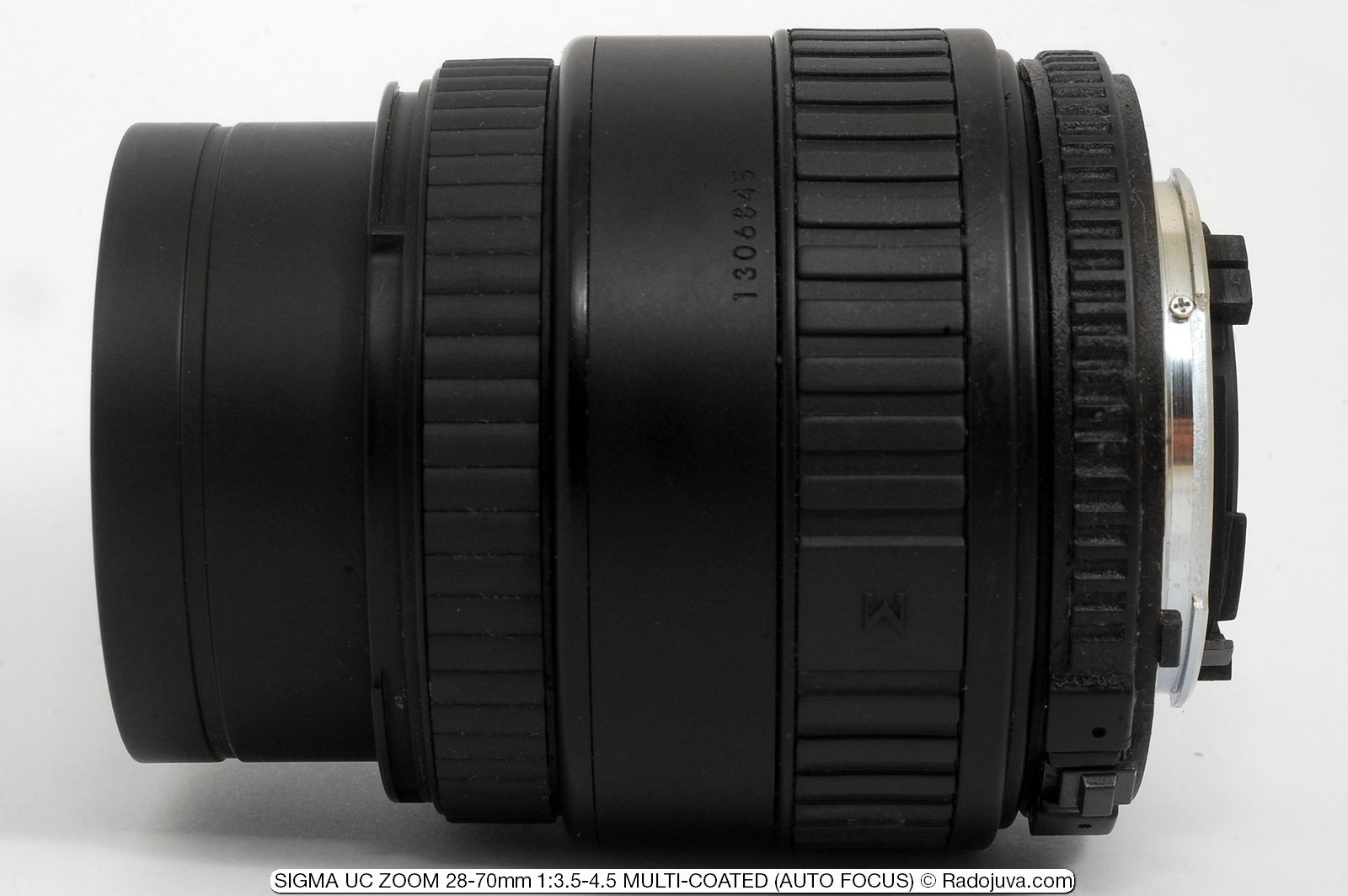 SIGMA UC ZOOM 28-70mm 1: 3.5-4.5 MULTI-COATED