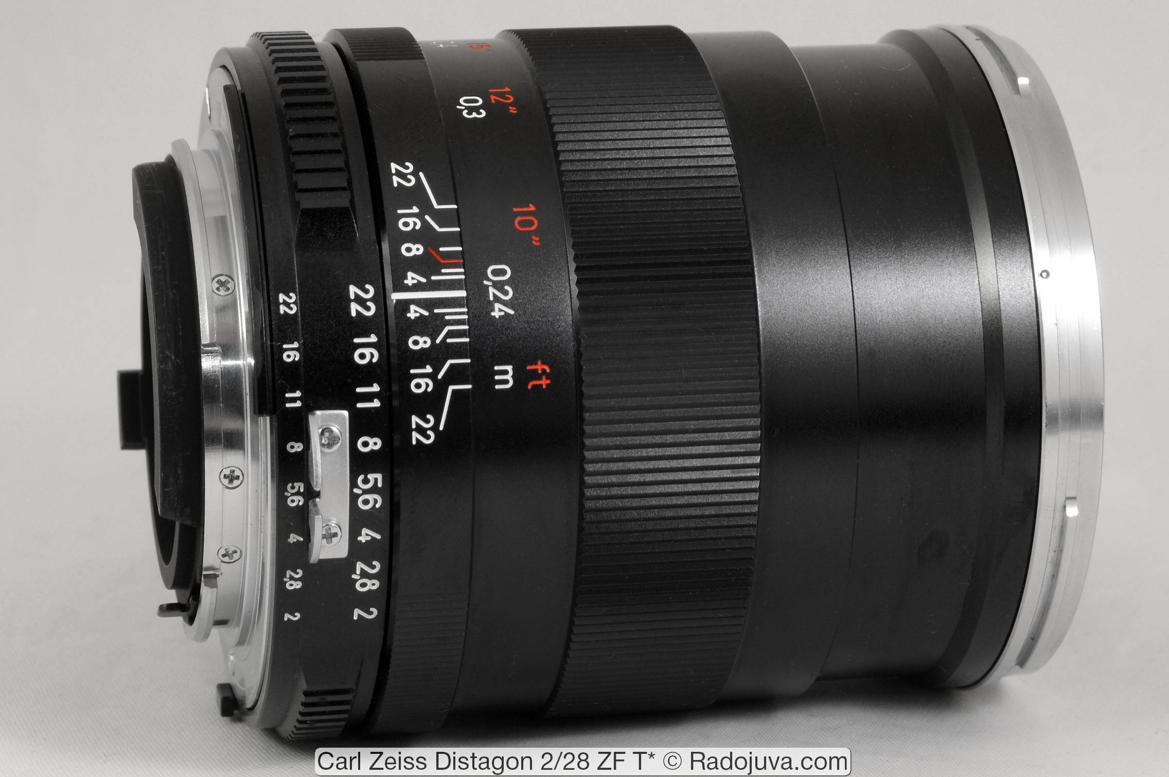 Carl Zeiss Distagon 2/28 ZF T*