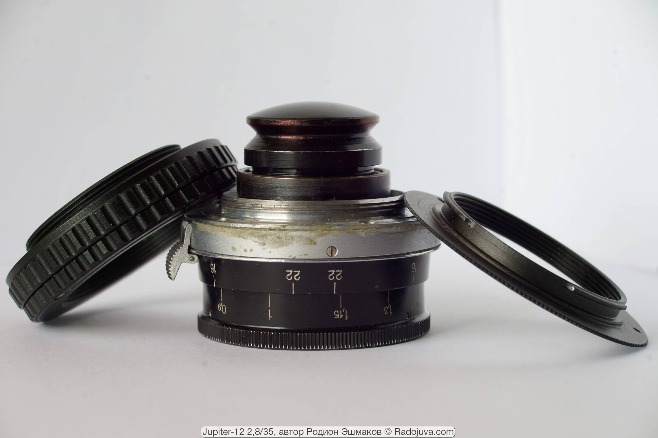 Юпитер-12 с наклеенным резьбовым кольцом и необходимые для использования макрогеликоид и переходник M42-NEX.