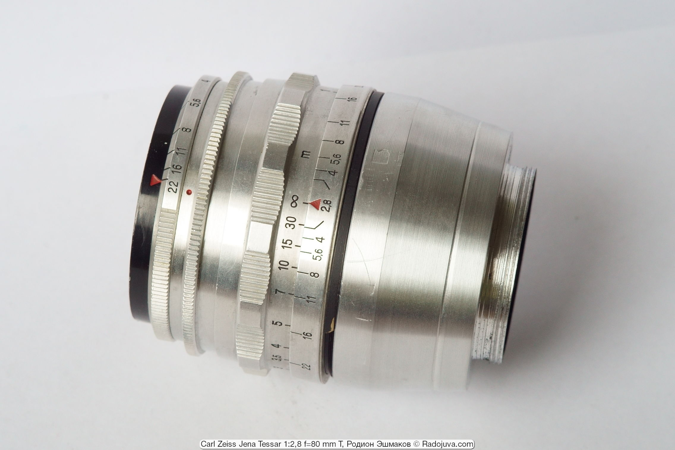 Tessar 80/2.8 с установленным адаптером М60-М42, изготовленным на заказ.