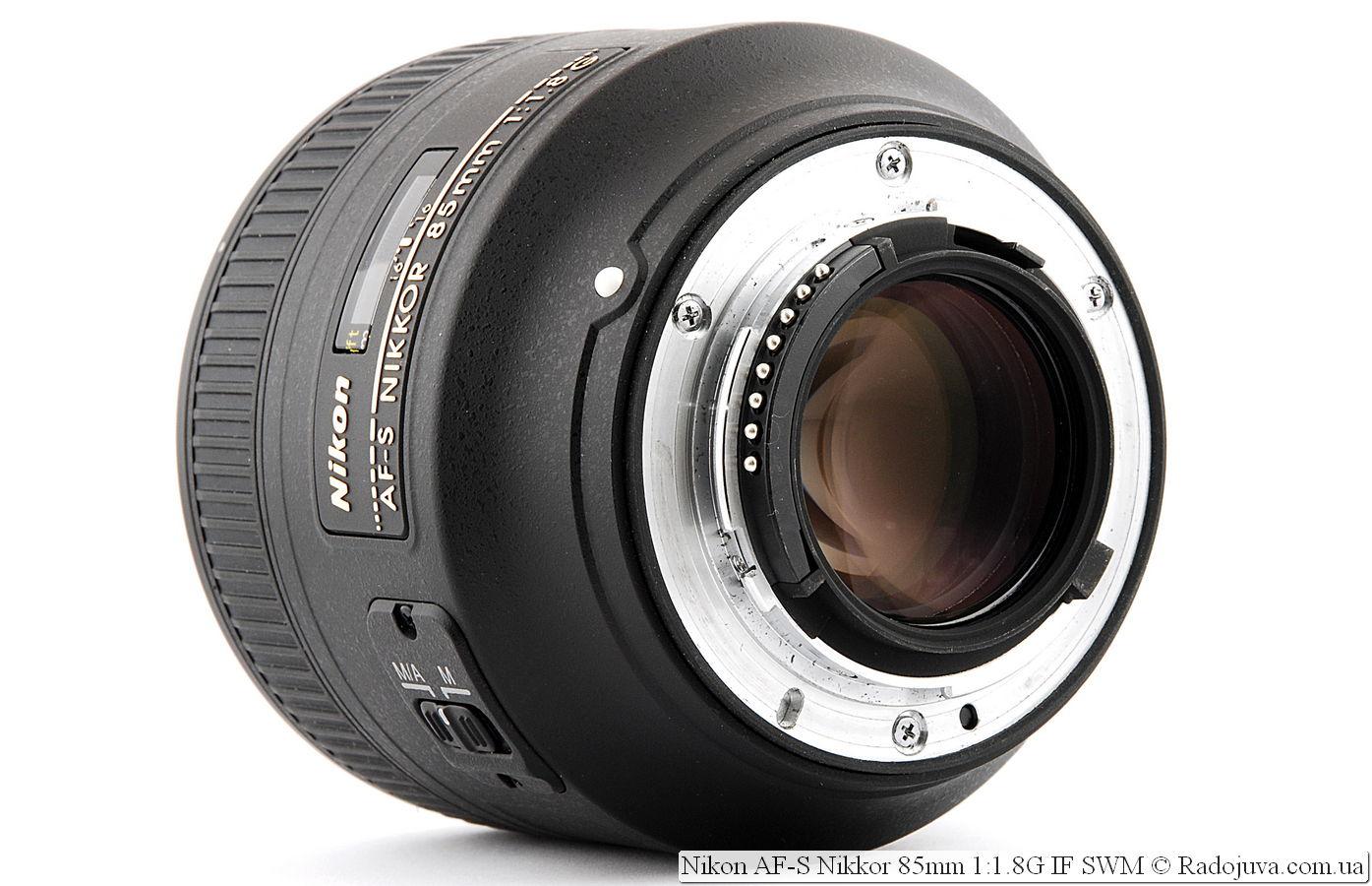 Nikon Бленда для объектива HB-26